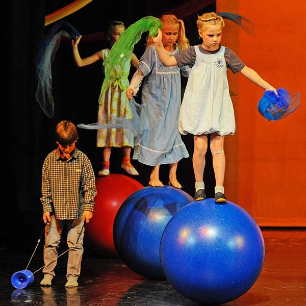 Jahresgala 2015: Zu Gast bei Mary Poppins und Co.